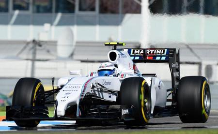 Susie Wolff deja buenas sensaciones en su primera sesión completa en la Fórmula 1