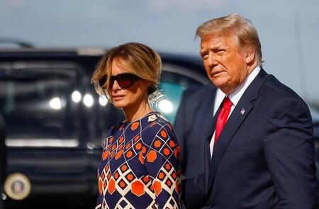 Melania Trump se ha marcado este lookazo cargado de color, el primero como ex primera dama