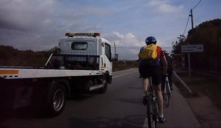 'Conductor, cada ciclista una cámara' o la razón de que un ciclista sea tan inconsciente como un conductor (I)
