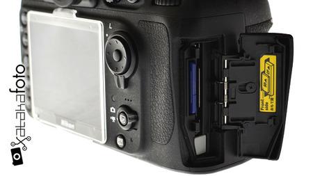 Nikon da explicaciones sobre los avisos recibidos de tonos fríos en algunas pantallas de la Nikon D800