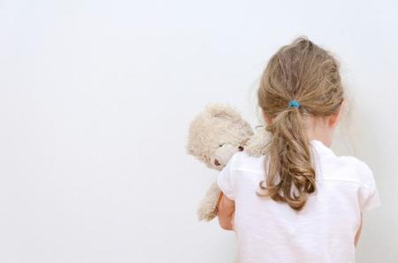 El maltrato infantil produce cambios cerebrales