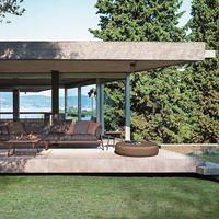 Cuatro piezas básicas para montar un espacio exterior confortable y relajante