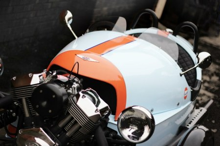 "Morgan Three Wheeler Gulf Edition, edición limitada del peculiar triciclo ""para adultos"""