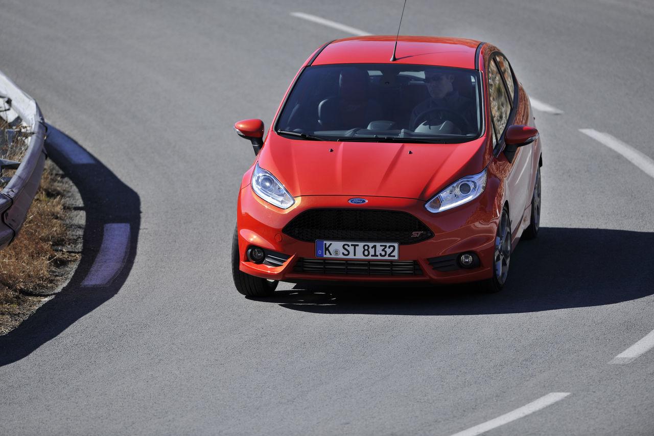 Foto de Ford Fiesta ST 2013 en Francia (34/50)
