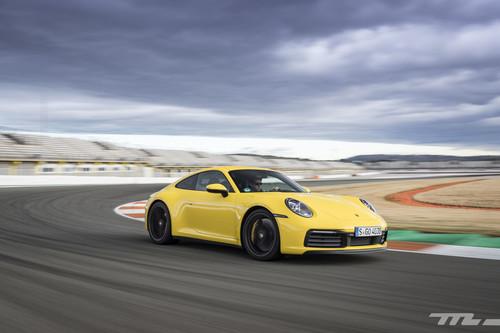 Probamos el Porsche 911 992: más rápido, emocionante y adaptado a la era digital