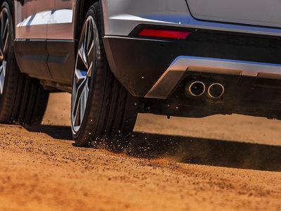 SEAT aporrea sus coches como cualquier fabricante, y ha preparado este vídeo para que veas cómo lo hace