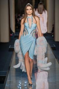 ¿Looks de Versace o de Dior? Comienza la Semana de la Alta Costura de París