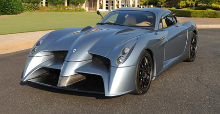 Panoz ofrecerá variantes de calle de sus coches de competición