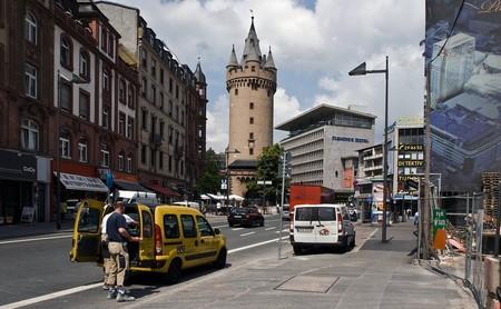 Los coches más antiguos podrán circular en Frankfurt aunque no cumplan los límites de contaminación