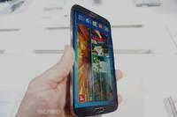 Samsung Galaxy Mega 6.3 toma en contacto