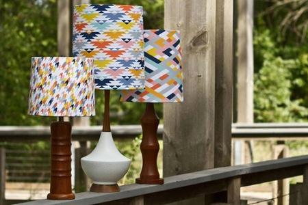Recicladecoración: lámparas antiguas renovadas con mucho color
