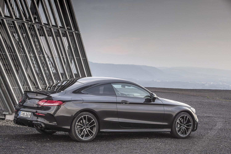 Foto de Mercedes-Benz Clase C 2018, toma de contacto (140/255)