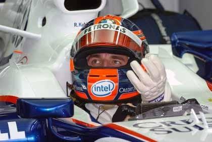 Robert Kubica lidera los tiempos en Sepang