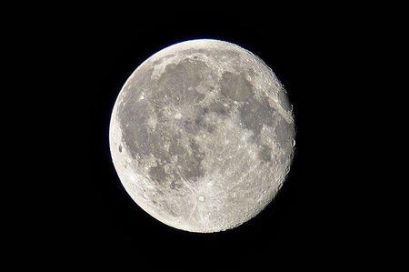 A la búsqueda de selenitas o dícese de como fotografiar la Luna