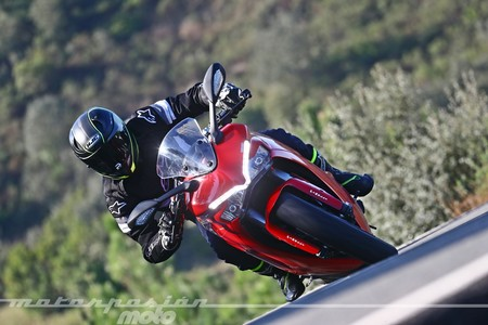 Ducati Supersport 2017 031