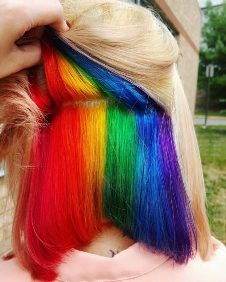 Esconde un arco iris en tu melena e irás totalmente a la última