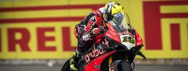 Álvaro Bautista, la Ducati Panigale V4 R y la flor de más de un día que ha crecido en Tailandia