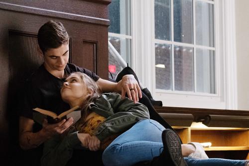 'After: en mil pedazos': así es el drama adolescente que ha ganado en taquilla a 'Tenet'