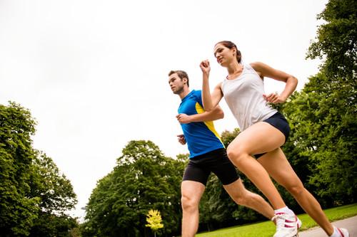 ¿Sabes cuánto tendrías que correr para quemar las calorías que ingieres?