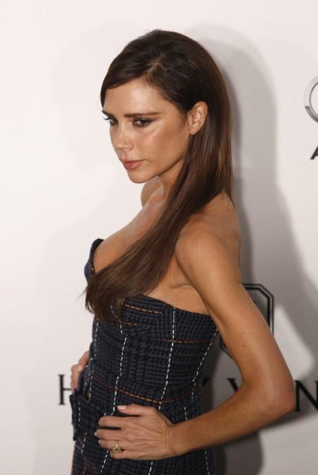 El steal the show de Victoria Beckham en la gala AmfAR de Hong Kong (y los looks de todas las celebrities)