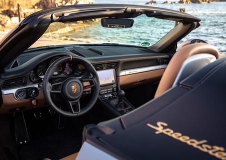 Porsche 911 Speedster 2019 1600 75