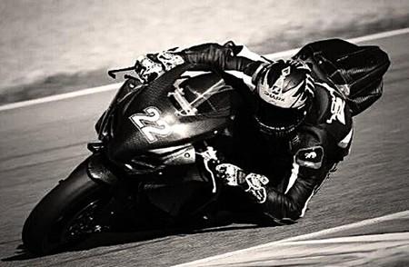 Alex Lowes confirmado oficialmente con el Voltcom Crescent Suzuki de Superbikes