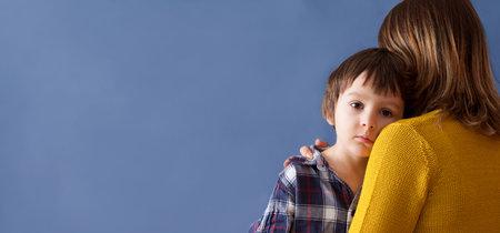 Cómo explicar a los niños el terrorismo: siete consejos para hablar con ellos del atentado de Barcelona