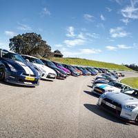 No todos los días se ven 32 Nissan GT-R en el Circuito de Ascari