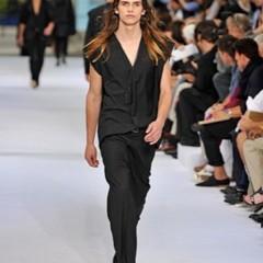 Foto 6 de 12 de la galería dior-homme-primavera-verano-2010-en-la-semana-de-la-moda-de-paris en Trendencias Hombre