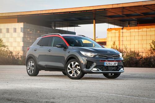 Probamos el nuevo Kia Stonic, ahora mild-hybrid y con buenos ingredientes para luchar contra el SEAT Arona o el Renault Captur