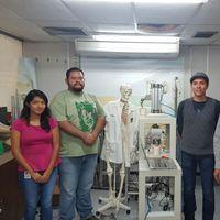 Mexicanos crean prótesis biocompatibles para rodilla, columna y cadera
