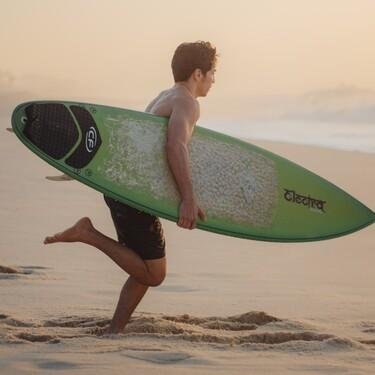 Las mejores tablas de paddle surf y sus accesorios para disfrutar del verano