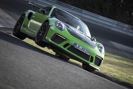 ¡Ya es oficial! El Porsche 911 GT3 RS marca un tiempazo de 6:56 en Nürburgring Nordschleife (+vídeo)