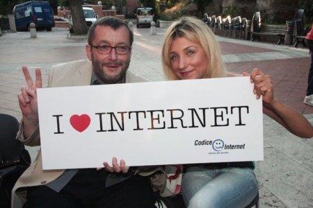 ¿Es necesario un tratado para defender la libertad de Internet? Europa se lo plantea
