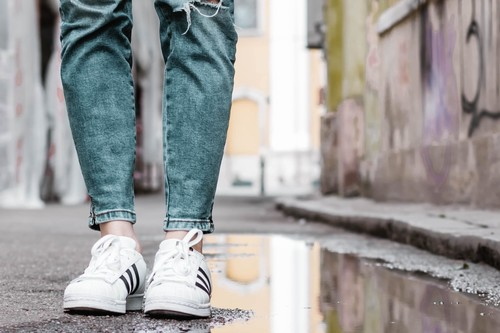 Las mejores ofertas de zapatillas hoy en El Corte Inglés: Adidas, Puma y Vans más baratas