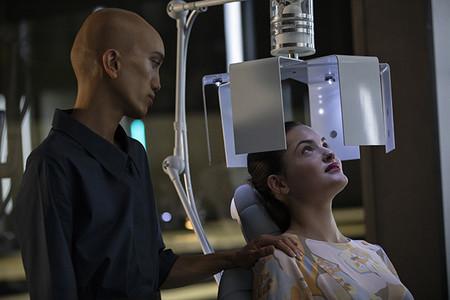 Osmosis Serie Netflix Con El Estilo De Sense 8 Y Black Mirror 5