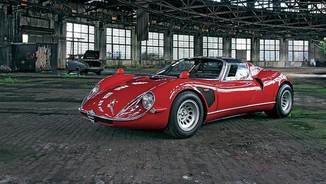 Alfa Romeo 33-2 Stradale