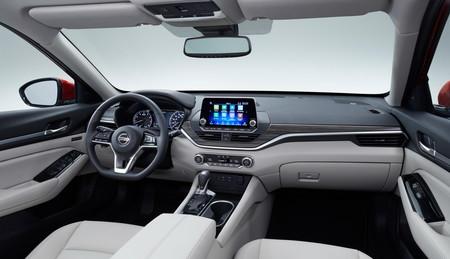 Nissan Altima 2019 9
