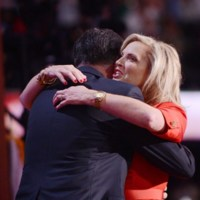 """¿Por qué dicen que el Oscar de la Renta de Ann Romney es un """"fastídiate"""" a Michelle Obama?"""