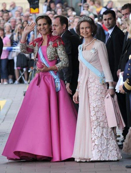 Boda de la Princesa Victoria de Suecia, ceremonia: Infanta Elena