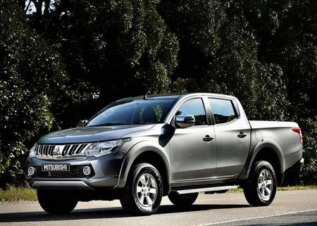 Mitsubishi L200 2016 800x600 Wallpaper 04