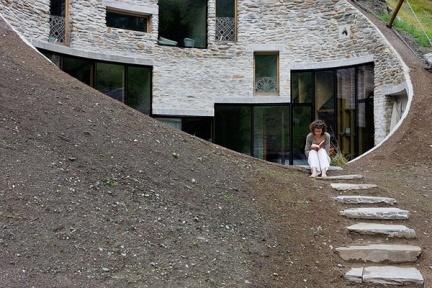Casas que inspiran: vivir bajo tierra