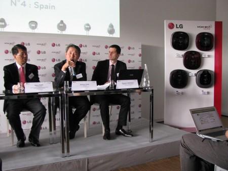 Hom-Bot Square, el nuevo robot de limpieza LG es cuadrado