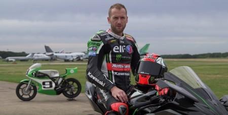 Tom Sykes pilotando las Kawasaki Ninja H2R