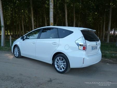 Toyota Prius+ monovolumen trasera