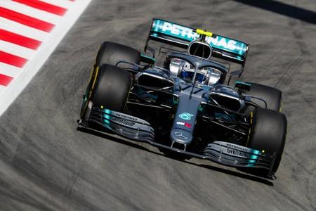 Mercedes destruye las mejoras de Ferrari con otro doblete en los entrenamientos del GP de España