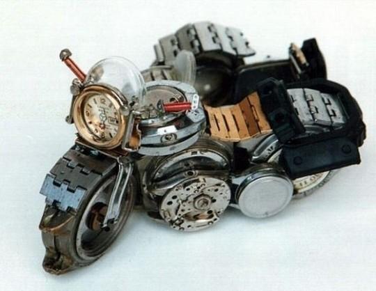 Foto de Motos hechas con relojes (6/25)