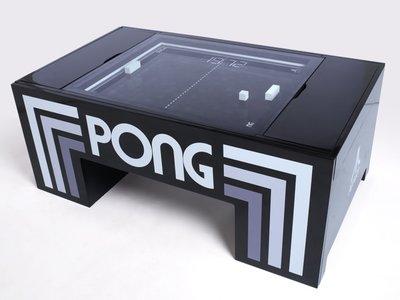 Esta mesita de café que trae al mítico Pong al mundo real es el mueble que querrás tener en el salón