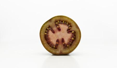 Todo lo que necesitas saber sobre los tomates Kumato®, su color, su sabor y las mejores combinaciones