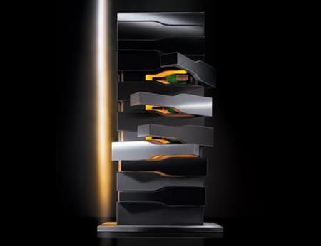 Refrigerador monolítico para champagne by Porsche Design Studio